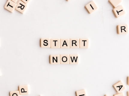 start now photo by Nicole Honeywill